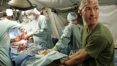 Д-р Венцислав Тимушев: Безкръвните операции на коляното спестяват слагането на изкуствена става!