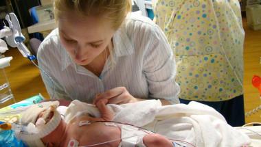 Д-р Бояна Петкова: Здравната каса иска да плаща по-малко за недоносените бебета!