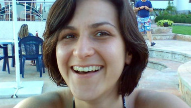 28-годишната Маги: Помогнете ми да живея - туморът расте и нямам време!