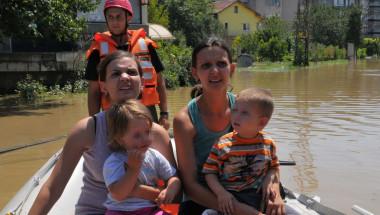 Хенриета Илиева-Стоянова: Хората със срутените къщи в Мизия са във вторична шокова фаза