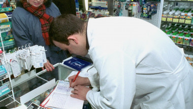 Магистър фармацевт Антон Вълев: Битката на фармапазара у нас не е за здравето на пациента, а за бакшиша!