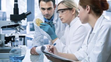 US-учени откриха какво трябва да ядат болните от рак на дебелото черво, за да увеличат шанса си за оцеляване!