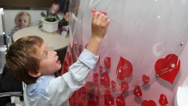 Д-р Стоян Лазаров: Лекуваме за наша сметка дете с разкъсана на две места аорта!