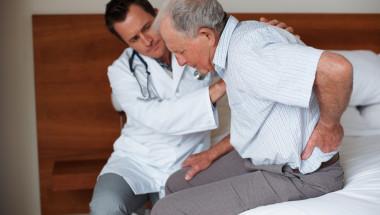 Доц. д-р Йордан Панов:  Шиповете могат да се излекуват, като се отстранят!