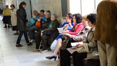 Министър д-р Петър Москов: В болниците ще спрат да гледат на пациентите като на навлеци!