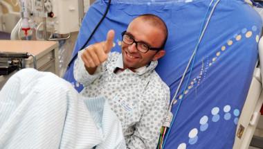2 години след трансплантацията на сърце Георги Пеев има и нов бъбрек от майка си!