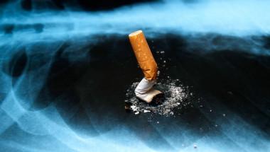 Уникален наноничип открива рака на пушачите