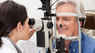Болестта на Крон вреди ли на очите?