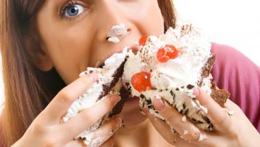 Как се отслабва на… пълен стомах