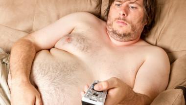 """Дебелите мъже """"издишат"""" в леглото"""