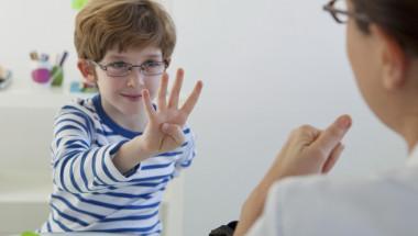 Родители, не изпадайте в паника, ако детето ви има трудности с говора!