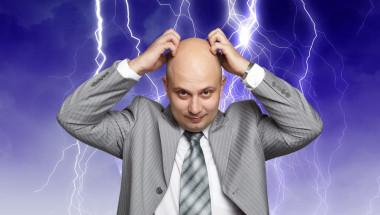 По време на гръмотевична буря не говорете по мобилния  телефон