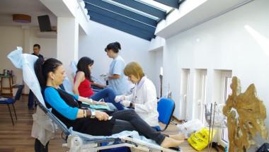 Акция за доброволни кръводарители в София