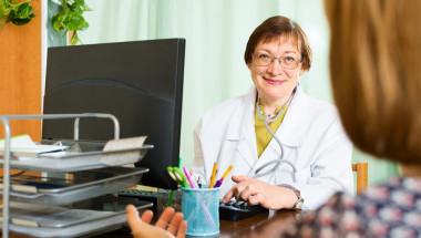 По време на празници личните лекари могат ли да предпишат лекарства по-рано?