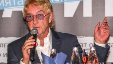 Джон Лоутън: Подарих песен, защото над 100 000 българи са заразени с хепатит!