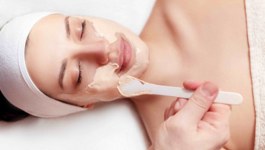 Съвет от козметолог: Пигментните петна изчезват след китайска маска