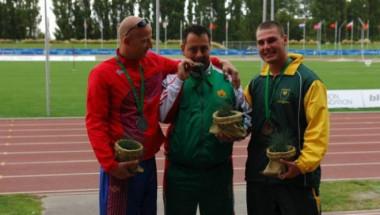 Дечко Овчаров: Печеля медали с ампутиран крак