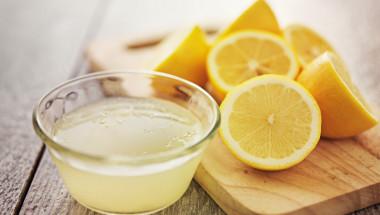 Само половин лимон сутрин гарантира отслабването ни