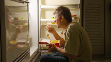 Kакво да ядете и какво да избягвате преди сън?