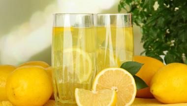 Лимонада за бели зъби и здрави кости