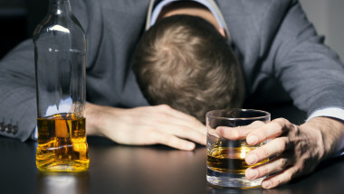 Проф. д-р Искрен Коцев: Алкохолът руши ДНК и всеки орган