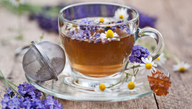 Чай от лавандула срещу пресипнал глас