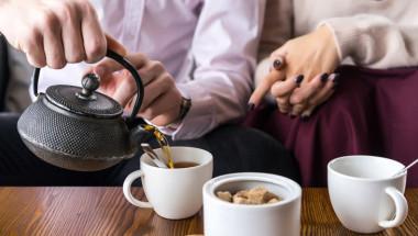 14 лечебни добавки към чая