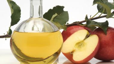 Здрави и сияйни с ябълков оцет