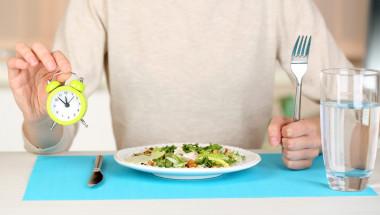 За колко време организмът преработва храната?