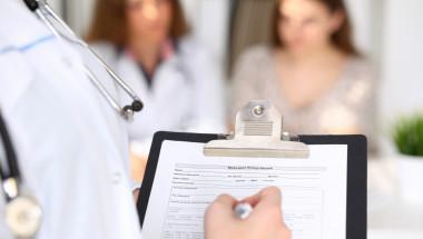 Онколози изброиха 10 неща, които може да са симптоми на рак
