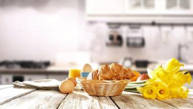 Правилната закуска предпазва от кариеси