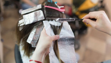 Внимание: Боядисването на косата води до рак