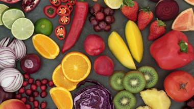 Консумирайте следните храни и напитки, за да се предпазите от рак