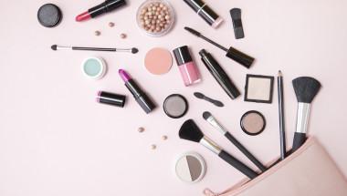 Безценни съвети как да съхранявате козметиката си, за да издържи повече и да е по-ефективна