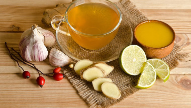Без токсини с чесън, джинджифил и лимон