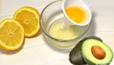 Заличете бръчките около устата с авокадо, белтък и лимон