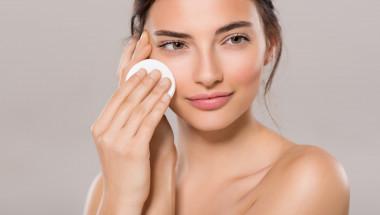 Основни правила за грижата за лицето през есента