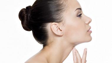 3 начина да се отървете от двойната брадичка без хапчета, инжекции или хирургия (ВИДЕО)