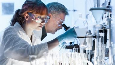 Сензационно откритие: Наскоро появил се вирус бори рака!