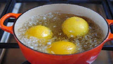 Сварете няколко лимона вечер и изпийте течността на сутринта! Резултатите ще ви шокират