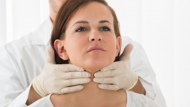 Уникална рецепта от 2 съставки, която лекува щитовидната жлеза