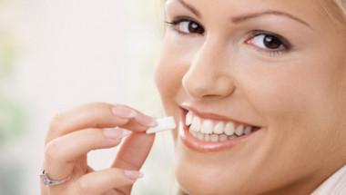 Възможно е да отслабнем с дъвка, твърдят японски учени