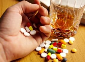 Внимание! Тези десет лекарства могат да ви отровят, ако ги приемате с алкохол