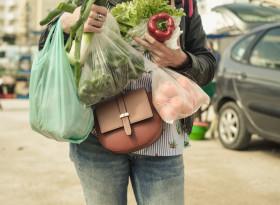 Зелените салати и подправки натоварват панкреаса