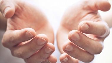Поставете дланите си в ледена вода за 30 секунди и разберете имате ли проблем със сърцето (СНИМКИ)