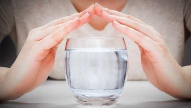 Изумително! Водна терапия топи килограми като на магия