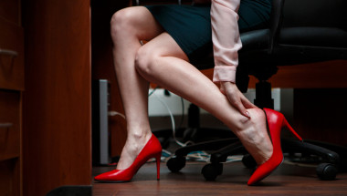 Защо възниква чувство на тежест в краката?