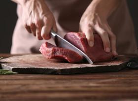 Може ли да замразите отново размразено месо?