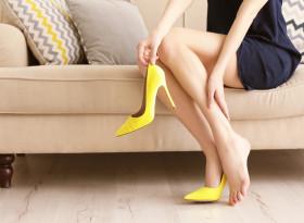 Недостигът  на белтъчини  в менюто води до отоци по краката в жегите