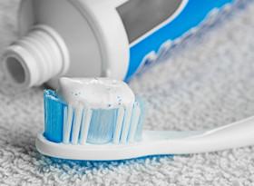 Учени от Тексас обясниха как пастата за зъби разболява от диабет тип 2